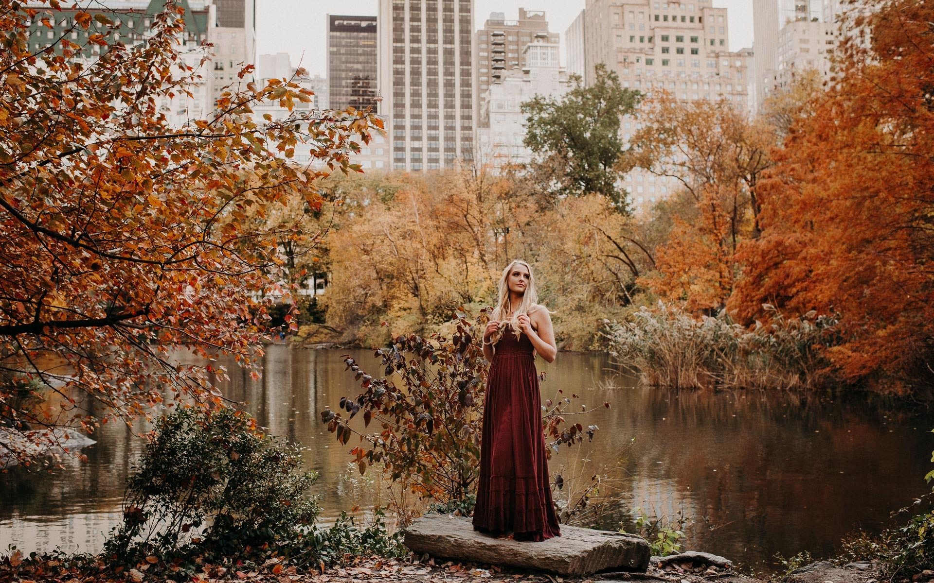 NYC fall senior portraits Alyson Edie
